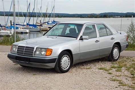 Abs, cd player, immobilizer, ατρακάριστο, δερμάτινα καθίσματα. Mercedes-Benz 200 E (1992) für EUR 6.950 kaufen