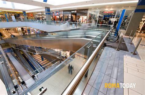 porte di roma centro commerciale negozi black friday a porta di roma