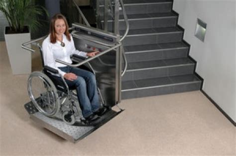 plateforme monte escalier courbe accessibilite fr