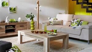 quelles couleurs associer avec des meubles en bois brut With deco salon bois naturel
