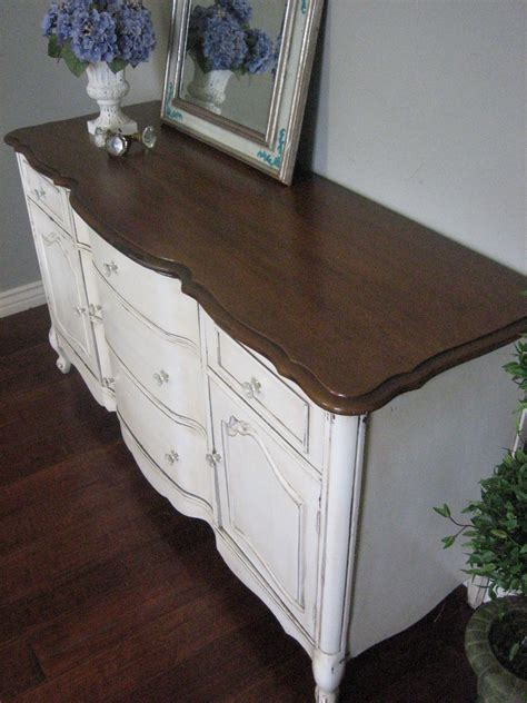 European Paint Finishes Bowed French Buffet