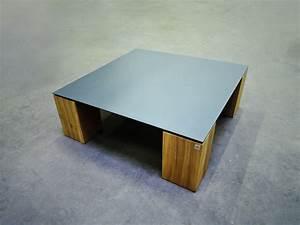 Table Basse En Acier : table basse contraste plateau acier et pieds en bois massif ~ Melissatoandfro.com Idées de Décoration