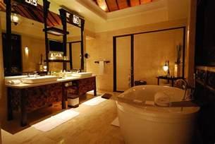 Lower Shower Head by Luxury Bathroom On