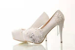 wedding lingeries inspire se sapatos para noiva em detalhes