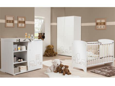 chambre de bébé conforama commode à langer panneaux de particules blanc baby town