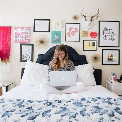 20 awesome headboard wall decoration ideas page 10