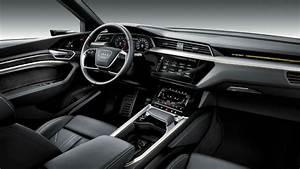 Audi Q8 Interieur : essai audi q8 le seigneur des anneaux ~ Medecine-chirurgie-esthetiques.com Avis de Voitures