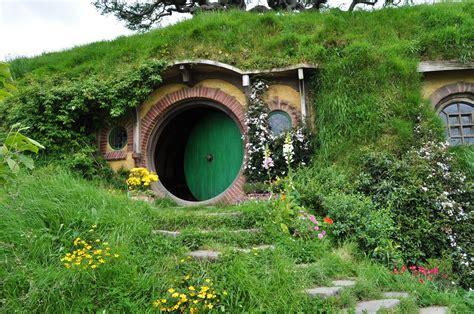 tree of rings hobbit house shrine of dreams