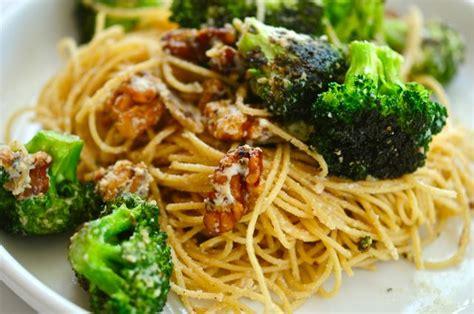 comment cuisiner courge spaghetti cuisinez des spaghettis originaux et uniques avec cette
