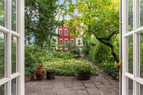 apartments gramercy park photos see gorgeous secret gardens in 8 york city