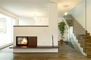 Wohnzimmer Bilder Modern : moderne wohnzimmer mit kachelofen ~ Michelbontemps.com Haus und Dekorationen