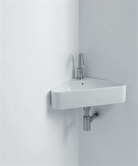 Sinks In A Small Bathroom by Small Bathroom Sinks For Small Spaces Desainrumahkeren