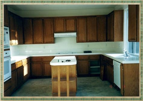how to paint varnished kitchen cabinets staining kitchen cabinets labor loccie better homes 8821