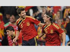 Gerard Piqué & Sergio Ramos Spain FIFA World Cup nav
