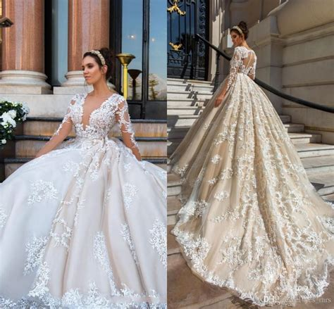 2018 Luxury Wedding Dresses Plus Size Lace Appliques 3d