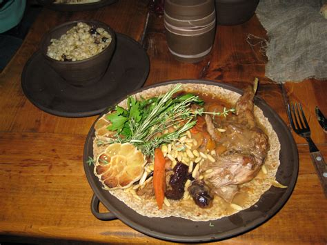 cuisine renaissance image dinner