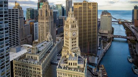 iconic wrigley building expected     sale