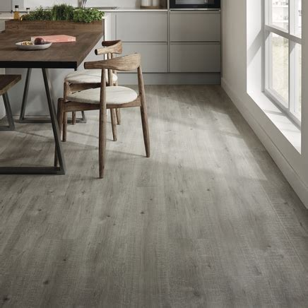 Quickstep Impressive Grey Oak Laminate Flooring   Howdens