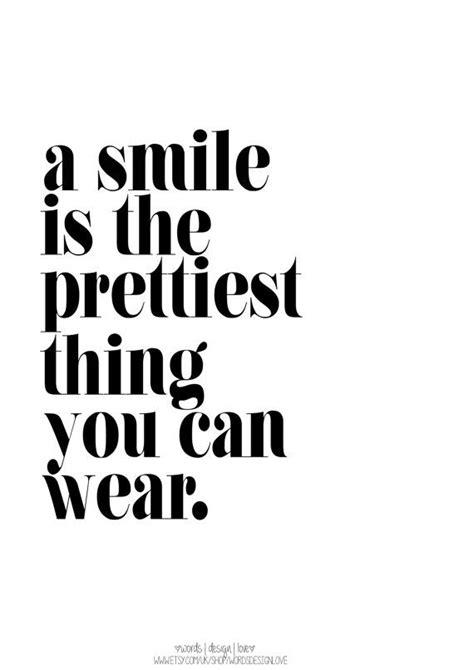 smile   prettiest    wear