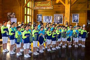 Korean Children's Choir Visits Library - The Billy Graham ...