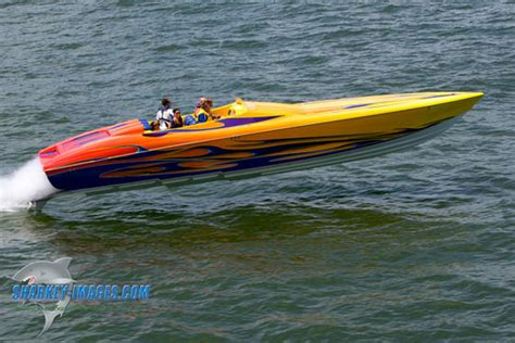 Outerlimits Boats by Outerlimits 39 V Bottom Still A Thrill Boats