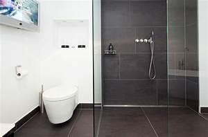 Bodenfliesen Badezimmer Grau : steinr cke fsb gmbh bad raum in perfektion puristisches bad in grau und wei ~ Sanjose-hotels-ca.com Haus und Dekorationen