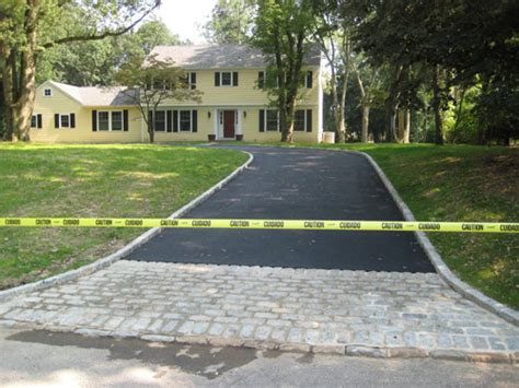 semi circle driveway ideas big half circle driveway asphalt paving blacktop driveways