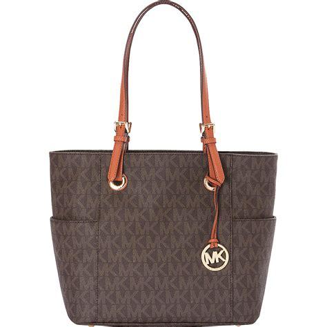 michael kors designer handbags michael kors purse find your favorite designer handbags here