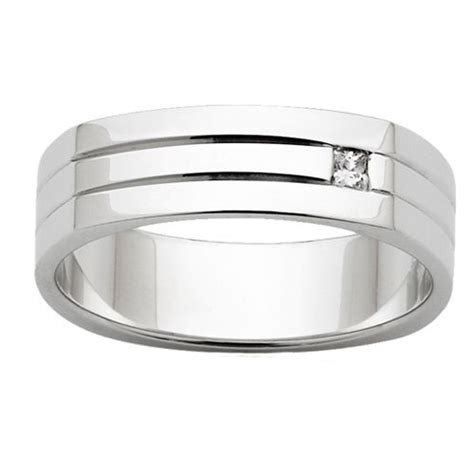 flat top mens wedding ring with