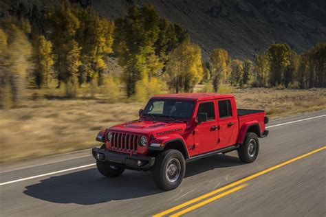 jeep gladiator pictures  wallpapers top speed