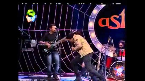 Song Called Don T Rock The Boat by Chekkele Song Live By Kalinga Band Feat On Astra