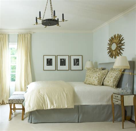 Serene Showhouse Bedrooms by Vicente Wolf Bunny Williams Jan Showers Tom Scheerer