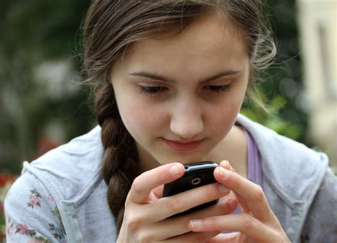teen cell phone how hyster mobile can stop smartphone addiction among