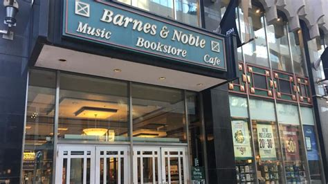 Nicollet Mall Barnes And Noble's Will Close