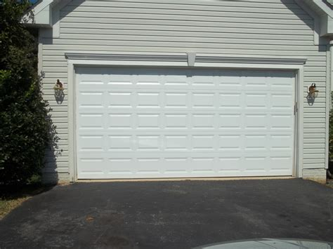 White Garage Doors by Classic White Garage Door In Woodbridge Va Affordable Door