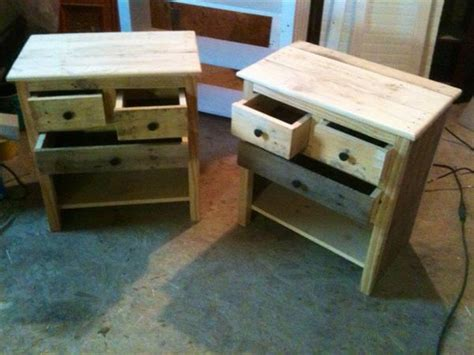 Wood Pallet Shabby Chic Nightstands Valentine Diy Gifts For Boyfriend Rustic Kitchen Lighting Double Bar Clamps Teeth Whitener With Baking Soda Pencil Case Easy Clear Bra Kit Coloring Book Holder Christmas Decorations Your Classroom