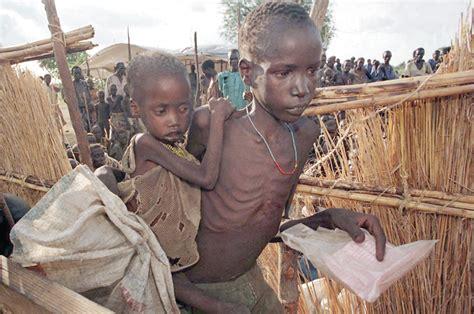 Nicht mehr auf der flucht sein, sich nicht mehr vor dem gesetz verstecken. Kinder auf der Flucht (Archiv der Pilger)