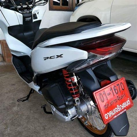 Pcx 2018 Ukuran Ban by Modifikasi Honda Pcx 150 Terbaru 2018 Pakai Velg Ring 17