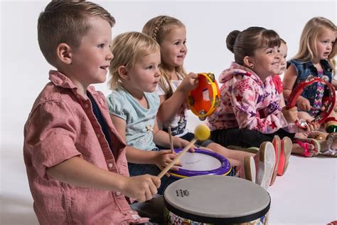 9 movement activities for preschoolers you can do at home 332 | D80 4666 X2