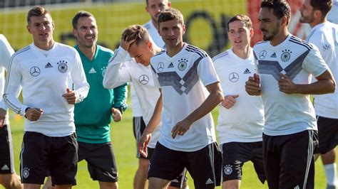 See tweets, replies, photos and videos from @dfb_team_en twitter profile. DFB-Team will in Prestigeduellen punkten - ZDFmediathek