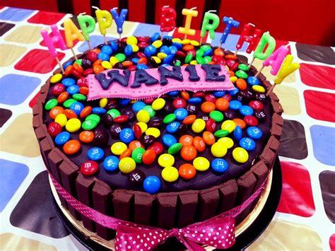 gambar harga kek  kit kat cake gambar coklat