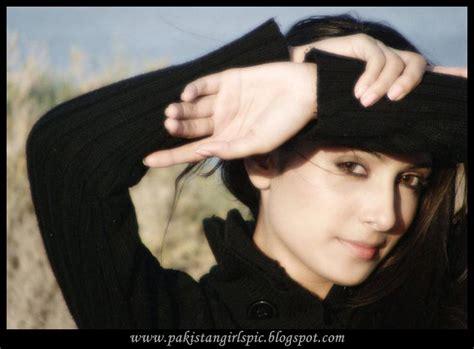 India Girls Hot Photos Aiza Khan Pakistani Actress Pics