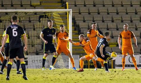 Livingston 2 Dundee United 1: Ryan Hardie injury-time ...