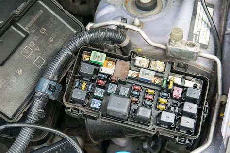 2007 Yari Engine Diagram by Symptoms Of A Bad Or Failing Anti Lock Fuse Or Relay Car