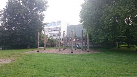 spielplatz blau park  ulm weststadt spielplatznetde