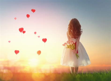 wallpaper heart shape balloons love hearts girl tulips
