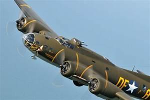 Top 10 World War 2 Bombers [HD] - YouTube