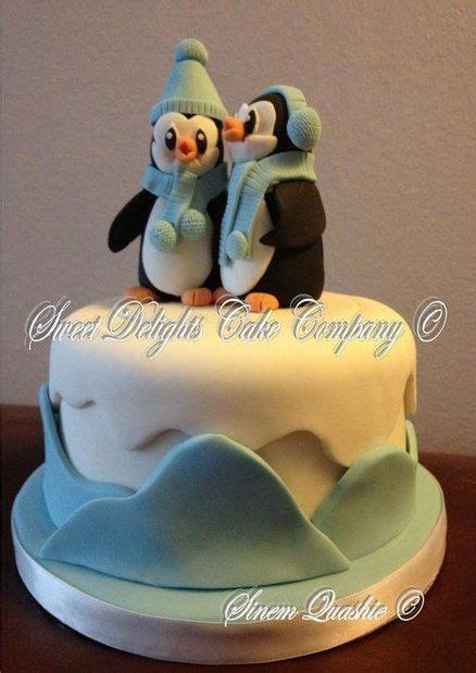 penguin cakes images  pinterest petit fours