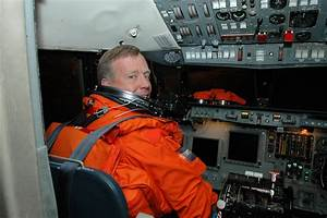 Space in Images - 2006 - 06 - STS-121 Commander Steven ...