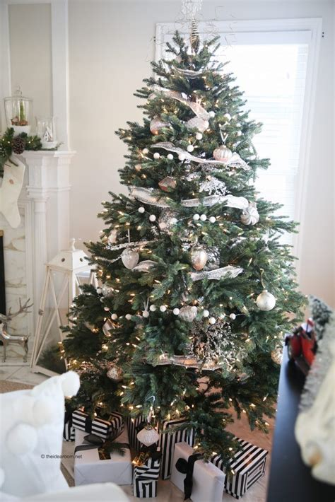 black friday sale on christmas trees balsam hill s black friday sale balsam hill artificial trees
